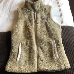 Patagonia women's vest- medium